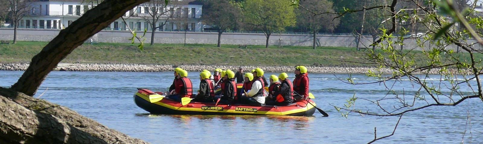 Qualität und Sicherheit bei Kanutouren und Rhein Raftingtouren